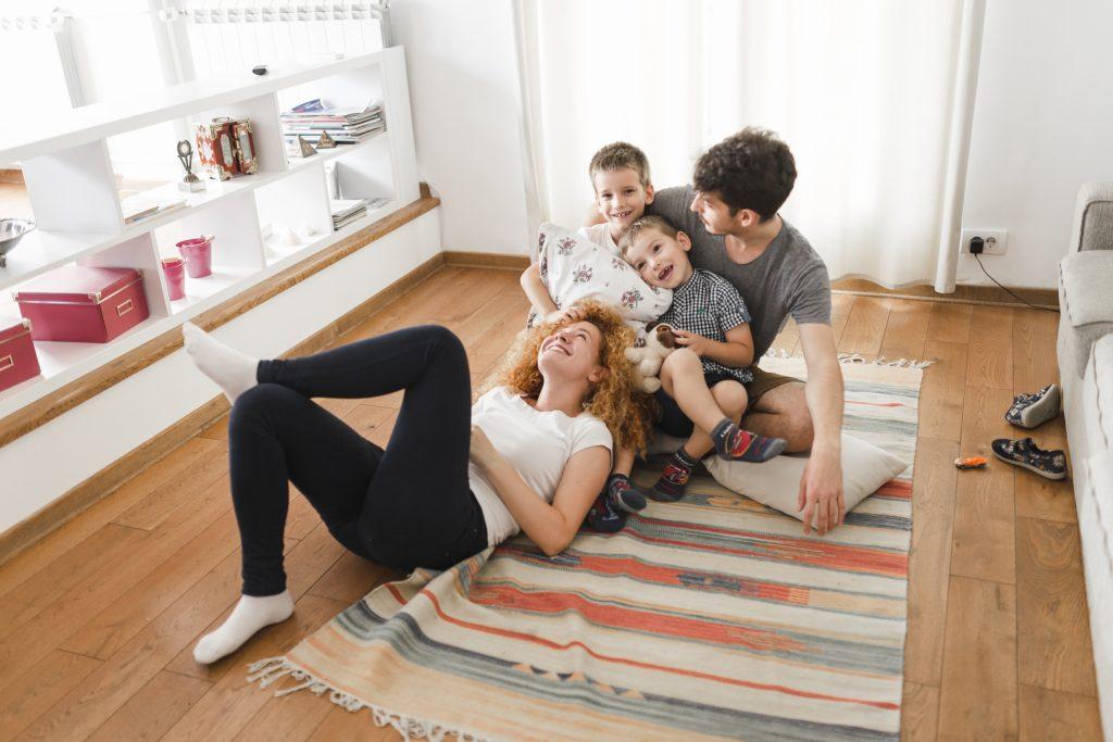 Per la tua Famiglia   Daniela De Santi Assicurazioni   Sara Assicurazioni Agenzia di Sora   Alboino.it   Foto da FreePik